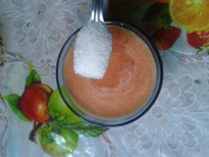 tomato and sugar face scrub