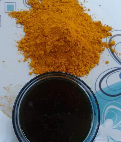 turmeric and honey face pack for glowing skin