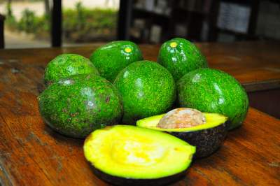 avocado face mask for acne and acne scars